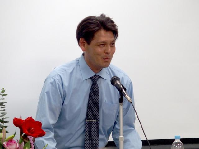 P9201108_800